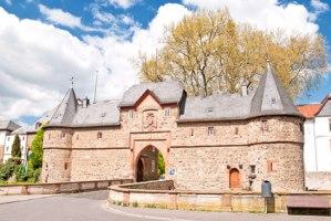 Das südliche Burgtor von Friedberg in der Wetterau